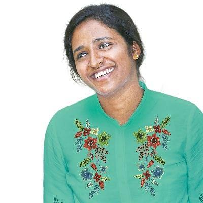 தூத்துக்குடிப் பெண்...  இப்போது கர்நாடகா IPS