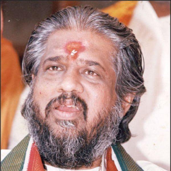 சந்திரா சாமி சமாதியில் புதைந்த ராஜீவ் மர்மங்கள்!