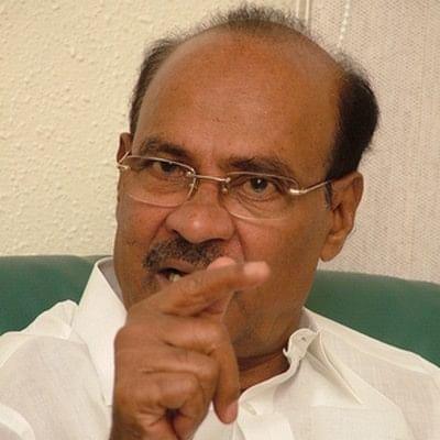 ஹெல்மட் கட்டாயமாக்கும் விதியை அரசு கண்டிப்புடன் செயல்படுத்த வேண்டும்: ராமதாஸ்