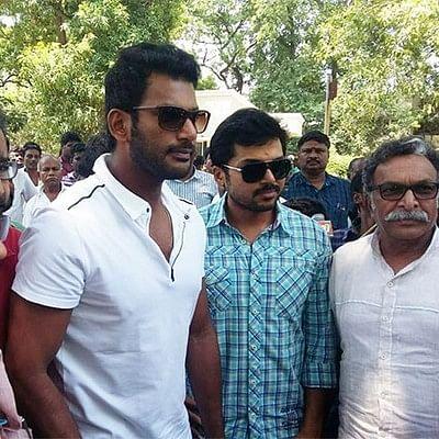 நடிகர் சங்கத் தேர்தல் -  விஷால் அணியினர்