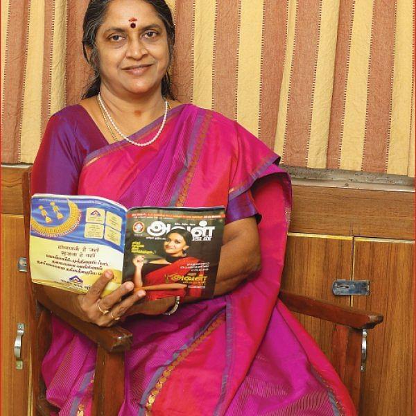 அவளும் நானும் - டாக்டர் சுதா சேஷய்யன்