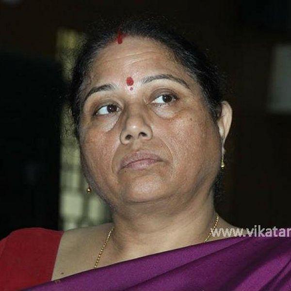 மாற்றப்படுகிறாரா அறநிலையத் துறை ஆணையர் - பின்னணி என்ன? #VikatanExclusive
