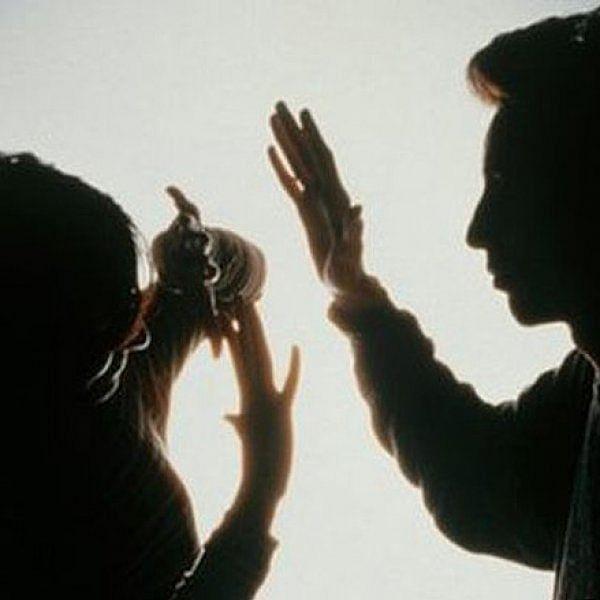 லாக் டௌனால்  அதிகரித்த குடும்ப வன்முறை