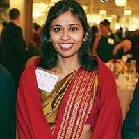 வழக்கை கைவிட தேவயானி மனு: அமெரிக்க நீதிமன்றம் உத்தரவு