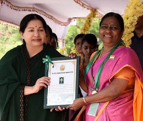 முதல் அப்துல் கலாம் விருது பெற்ற பெண் விஞ்ஞானி வளர்மதி!