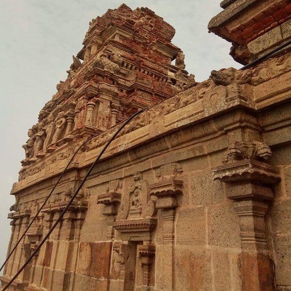 சூரியனும் இந்திரனும் வணங்கும் நைனாமலை வரதராஜப் பெருமாள்!