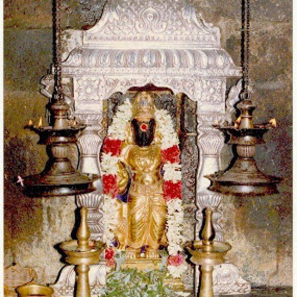 திருநள்ளாறு சனீஸ்வரன் கோயில்