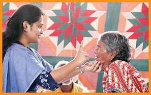 கண்ணீர் மண்ணில் ஸ்டெதஸ்கோப்!