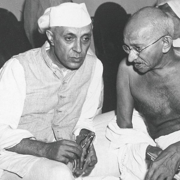 'ஏன் இந்தியாவில் ராணுவ ஆட்சி ஏற்படவில்லை?' நேருவுக்கு நன்றி சொல்லுங்கள்!