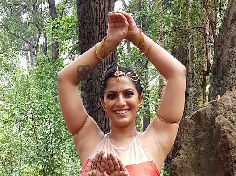 `இந்த 'ஒரே ஜீவன் ஒன்றே உள்ளம்' நான் பண்ணல - `நீயா 2' சொதப்பல் பற்றி கலா மாஸ்டர்