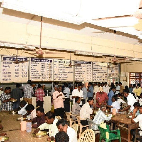 தோசை ₹10... மதிய உணவு ₹15... மூலிகை உணவு சாப்பிட சென்னையில் ஓர் இடம்!