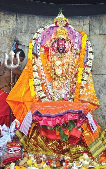 கூர்மபீட நாயகி திரிபுரசுந்தரி!