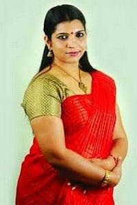 வாட்ஸ் அப்பில் ஆபாச காட்சியை  பரப்பியது ஏடிஜிபி: சரிதா நாயர் பரபரப்பு புகார்!