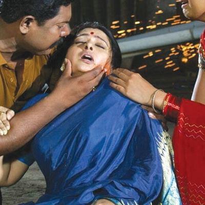தமிழ் சினிமான்னா சும்மாவா?