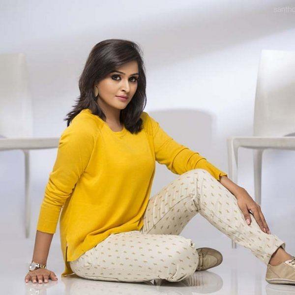 ''ஓவியாவின் உண்மை எனக்குப் பிடித்திருந்தது..!'' - நடிகை ரம்யா நம்பீசன்