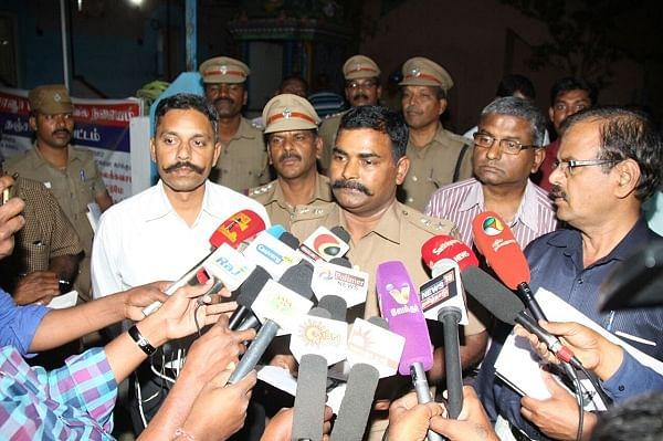 ராஜராஜன் சோழன், லோகமாதேவி சிலைகள் இருக்கும் இடம் கண்டுபிடிப்பு - 50 ஆண்டு புதிருக்கு விடை