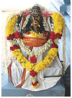 கடன் தீர்க்கும் ஸ்ரீதோரண கணபதி!