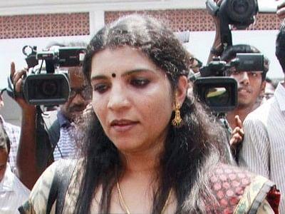 கேரளா: சோலார் பேனல் மோசடி - சரிதா நாயருக்கு 6 ஆண்டுகள் கடுங்காவல் தண்டனை