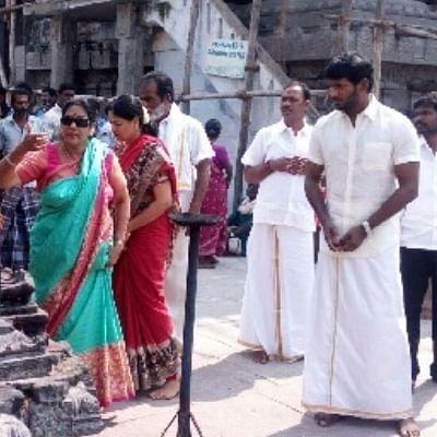 காமாட்சியம்மனுக்கு மாங்கல்ய பூஜை... விஷாலின் வழிபாடுக்கு இதுதான் காரணமா?