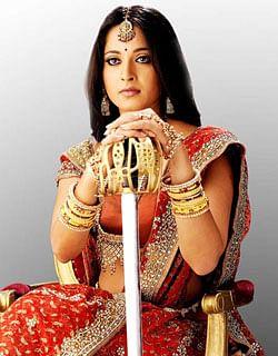 வாள் சண்டையில் கில்லியாகும் அனுஷ்கா !