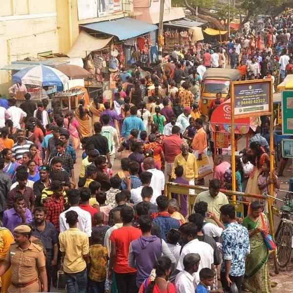 களைகட்டிய காணும் பொங்கல் - காஞ்சிபுரத்தில் குவிந்த சுற்றுலாப் பயணிகள்!