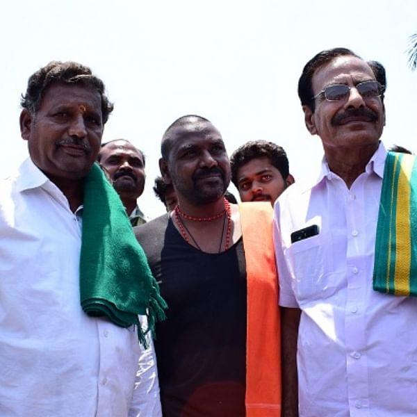 'சொல்லாதே செய்!' - விவசாயிகளுக்காகக் கண் கலங்கும் நடிகர் ராகவா லாரன்ஸ்