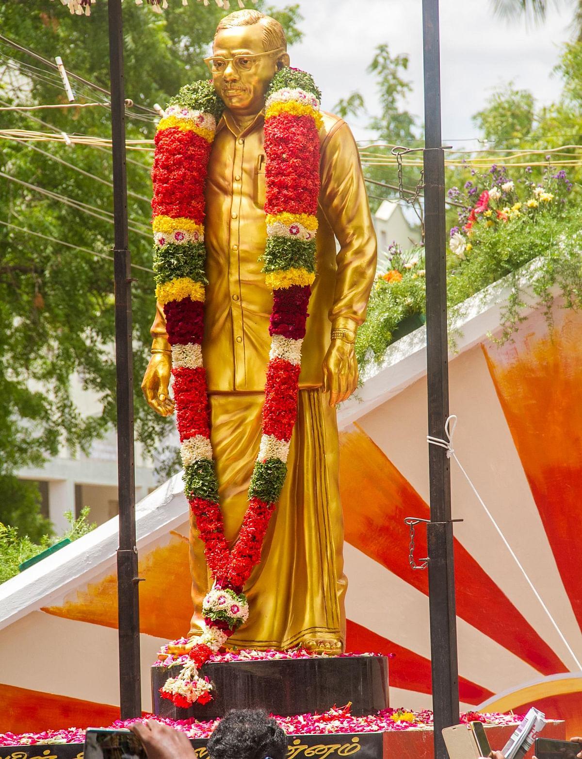 `3 தலைவர்களின் சிலை திறப்பு; வாக்காளர்களுக்கு நன்றி தெரிவிக்கும் கூட்டம்!' - திருச்சியில் முகாமிட்ட ஸ்டாலின்