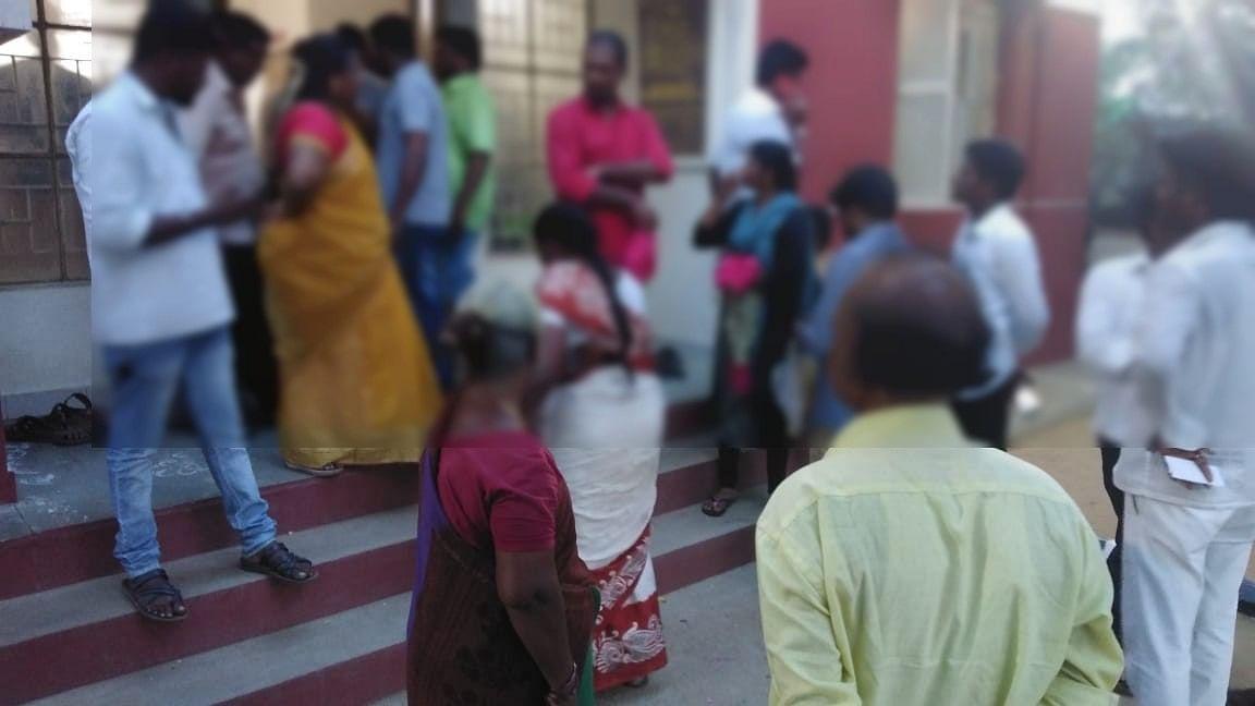 8 வருடக் காதலை ஒரே நொடியில் பிரித்த அம்மா! - சிறைக்கம்பி எண்ணும் காதலன்