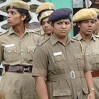 ''2, 8, 10ல் இருந்து 49!'' -  சென்னை காவல் துறையில் அதிகரிக்கப்படும் பெண் இன்ஸ்பெக்டர்கள்!