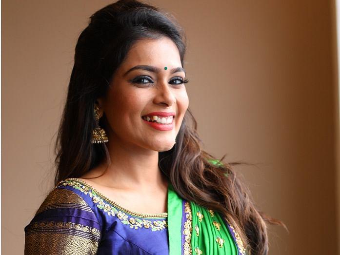 விஜே கீர்த்தி சாந்தனுவின் லேட்டஸ்ட் போட்டோஸ் #TvPotti