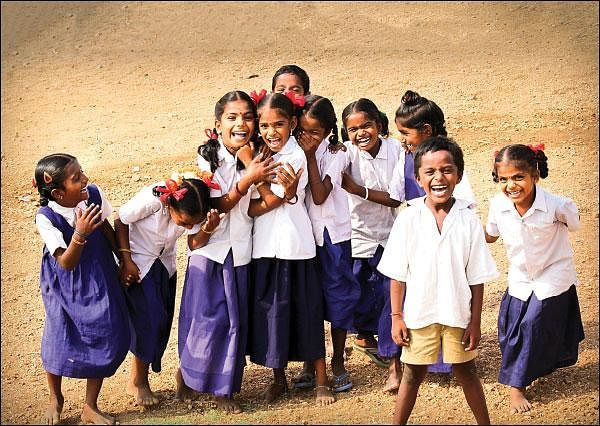 குழந்தைகள் மகிழ்ச்சியுடன் பள்ளிக்குச் செல்ல பெற்றோருக்கு 10 ஆலோசனைகள்! #VikatanInfographics