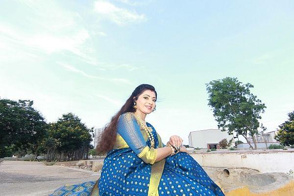 ப்ரியா ராமன் செம்பருத்தி ஸ்பாட்டில்