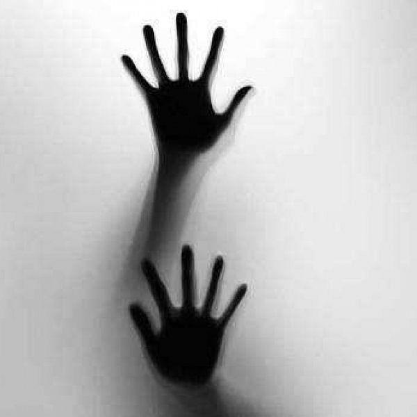 `மயக்கத்தில் இருந்தேன்; ஊழியர் செய்ததை தடுக்க முடியல!'- போலீஸிடம் கதறிய 30 வயது பெண்