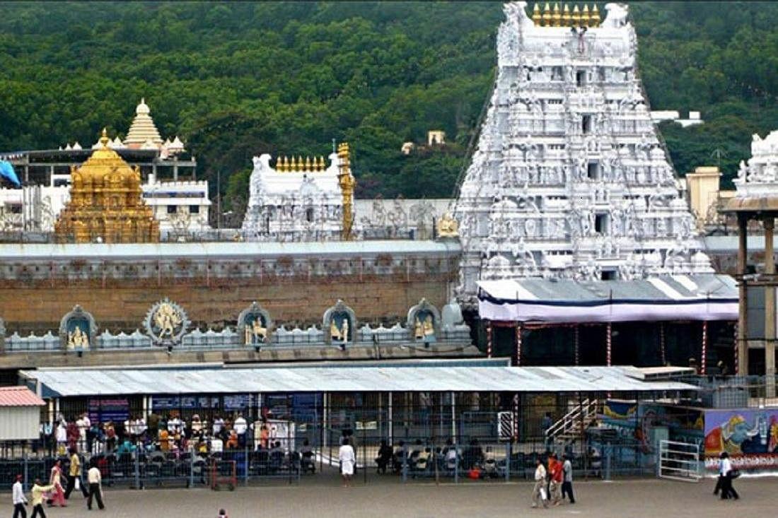 பெருமாளுக்கு முதன்முதலில் முடிகாணிக்கை செலுத்தியது யார் தெரியுமா? #Tirupati