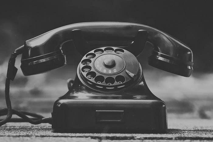 சைகையில் தொடங்கிய பயணம், தற்போது எமோஜியில் வந்து நிற்கிறது! #WorldTelecommunicationDay