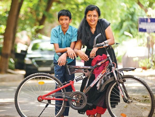 `காபி இல்லைன்னா என்னால பாட்டு எழுத முடியாது. ஆனா இப்போ...' - கவிஞர் தாமரை #DietSecret