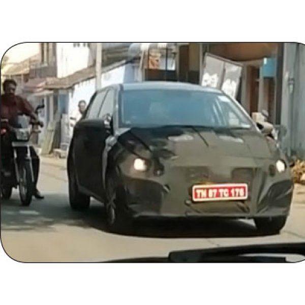 SPY PHOTO - ரகசிய கேமரா - அட... புது i20 காரா இது?