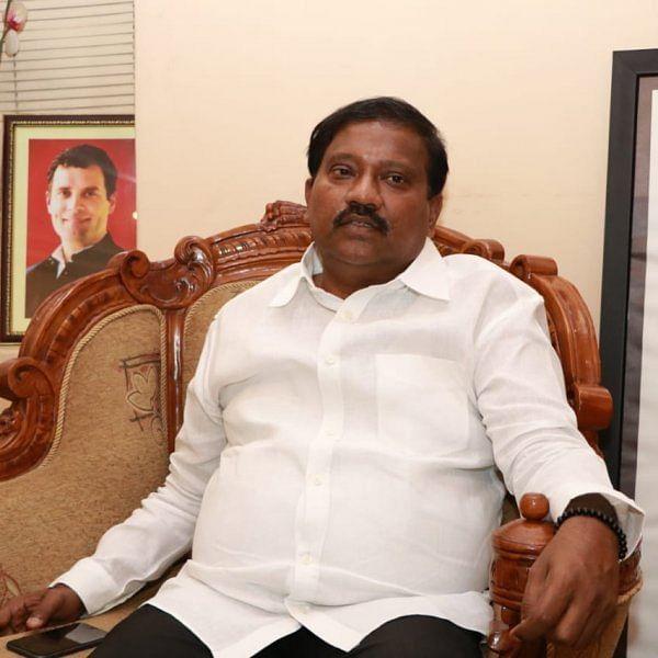 `சோனியா, ராகுல் ஏற்படுத்திய கூட்டணியை உடைக்கிறார்!' - கராத்தே தியாகராஜனுக்கு எதிராகப் பொங்கும் நிர்வாகிகள்
