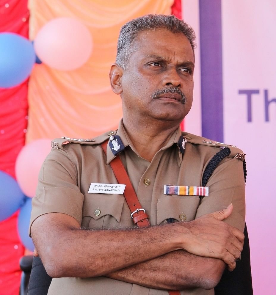போலீஸ் கமிஷனர் ஏ.கே.விஸ்வநாதன்