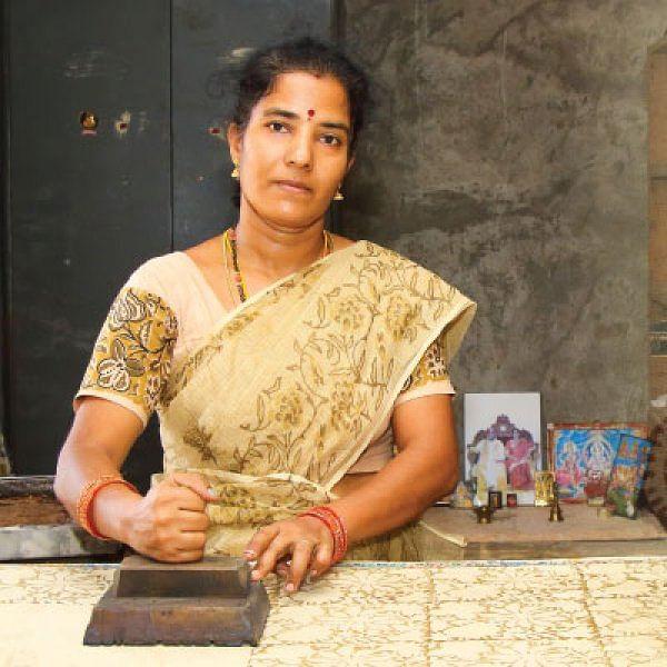 நீங்களும் செய்யலாம்: கலம்காரி பிளாக் பிரின்ட்டிங் - அருணா