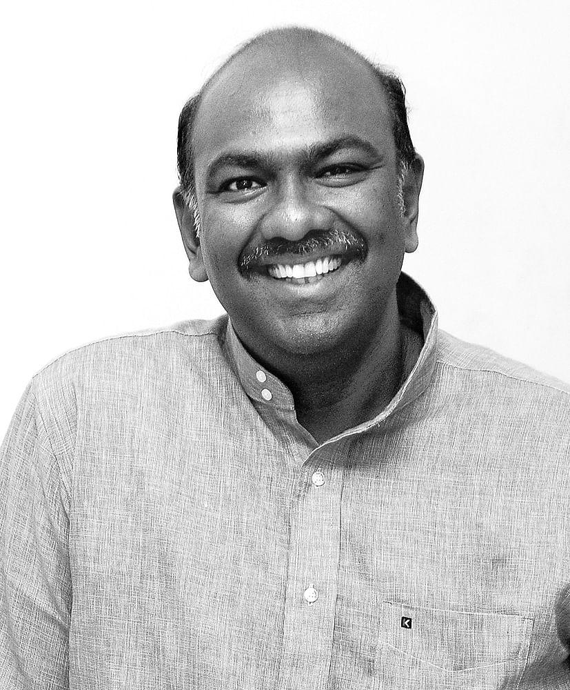 மருத்துவர் தனசேகர் கேசவலு