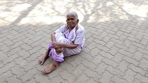 95 வயது மூதாட்டி அன்னபுஷ்பம்