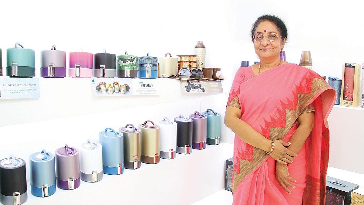 ராதிகா வசந்தகுமார்