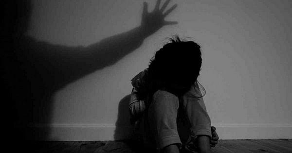 புதுச்சேரி: வாத்துப் பண்ணையில் கொத்தடிமை; கூட்டு பாலியல் வன்முறை! - 5  சிறுமிகளுக்கு நேர்ந்த கொடூரம் |In puducherry duck farm, 5 children were  sexually abused
