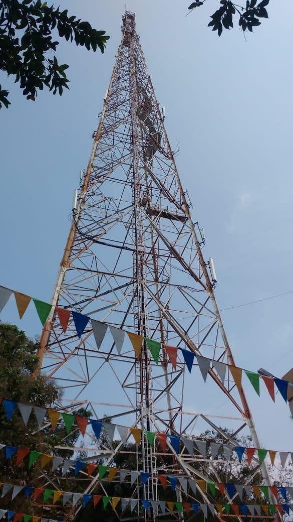 `இந்த மாதம் சம்பளம் வருமா?!' - பி.எஸ்.என்.எல் சரிவுக்கான 4 காரணங்கள்