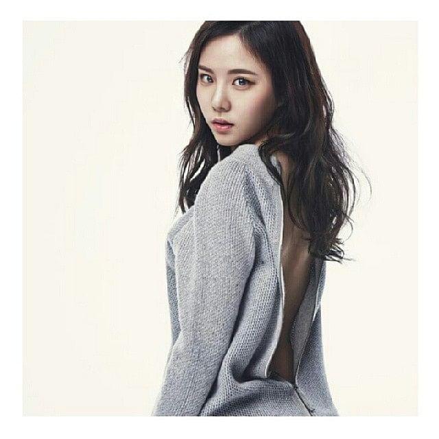 நடிகை லீ யுல்-எம்(Lee Yul-em)