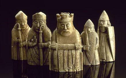 900 ஆண்டுகள் பழைமைவாய்ந்த செஸ் நாணயம்.. 1.3 மில்லியன் டாலருக்கு ஏலம்!