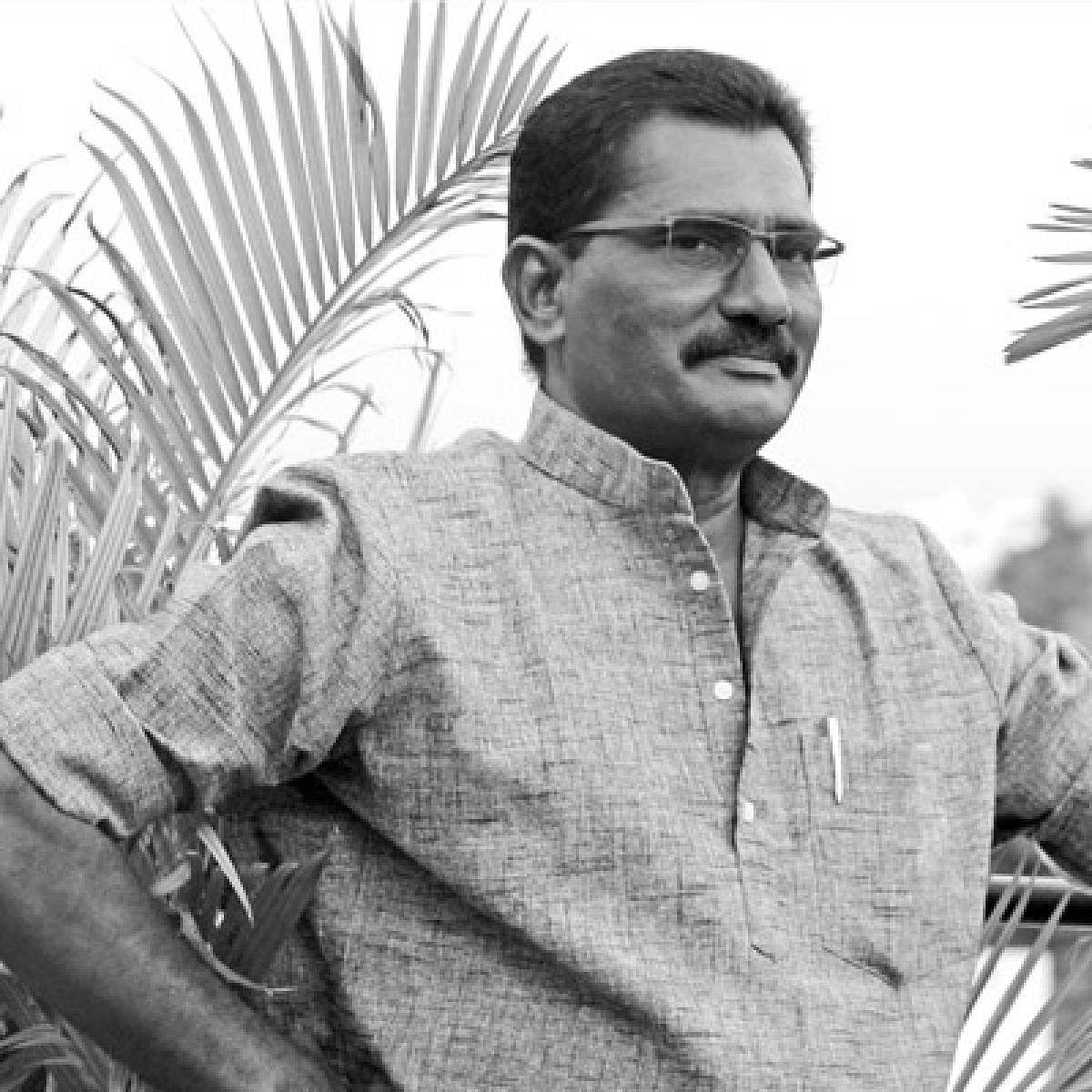 வேல ராமமூர்த்தி