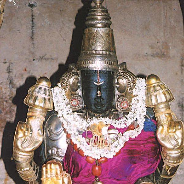 பொன்மழை அருளிய பெருந்தேவி தாயார்!