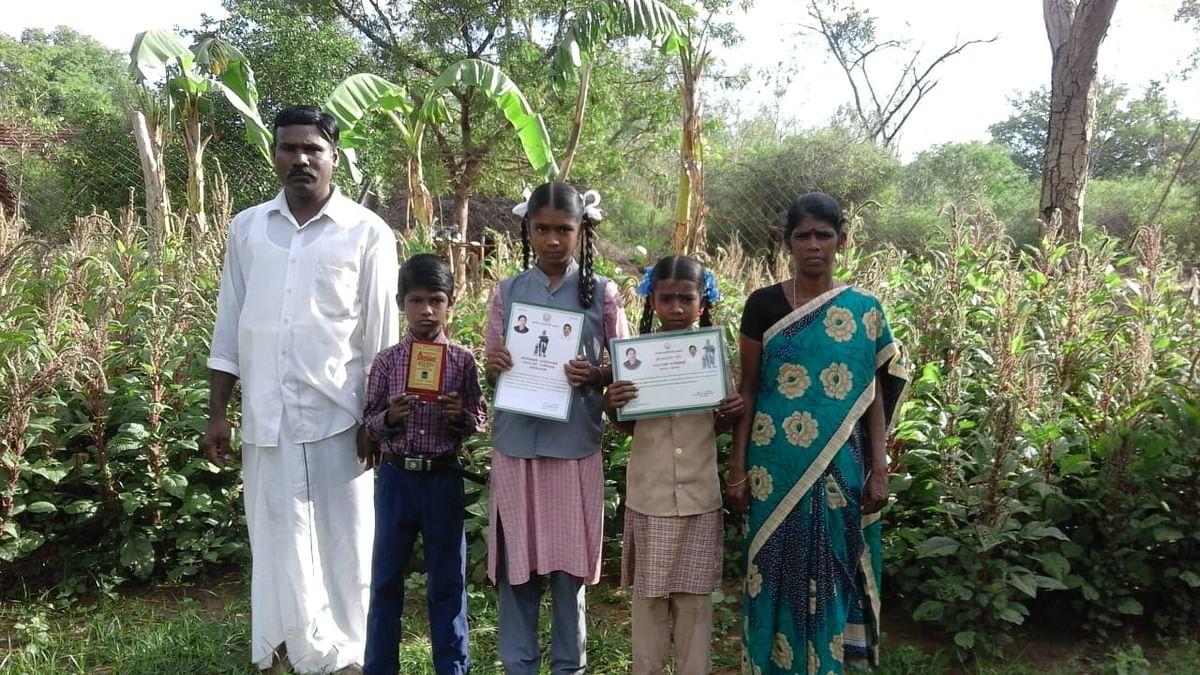 குடும்பத்தினருடன் செல்வராஜ்